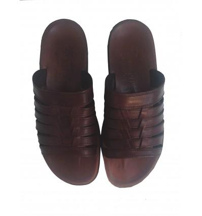 Sandale en cuir marron